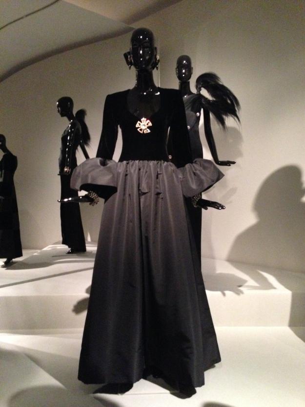 Hubert de Givenchy 32